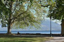 浪漫安纳西湖盛开最美爱情的花朵  在法国这个浪漫之都游荡了十五天了,印象最深的地方竟然安纳西湖!因为