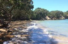 偏远的小海滩,值得一玩  在新西兰的最后一站,我和我的小伙伴来到了方格帕罗阿一个偏远海滩,那就是Li