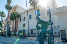 雅法老城(Old Jaffa)坐落在特拉维夫的南部,与现代化背景下的地中海对比鲜美。圣经中记载建立犹