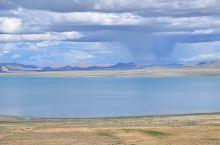佩枯错,日喀则地区最美的高原湖泊。从日喀则出发沿318国道往西行,在聂拉木和吉隆分叉处转县道214往