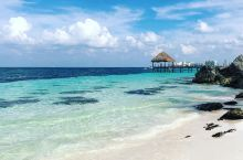 清新优雅的漂亮海滩,龙虾海滩  坐落在墨西哥坎昆的龙虾海滩虽然不及巴厘岛,马尔代夫等地的海滩出名,但