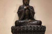 加拿大皇家安大略博物馆,在一层展厅的黄金位置,展出了很多中国展品,特别是整体收藏了明末名将祖大寿的坟