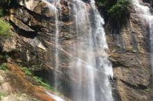 太白山脉的红河谷森林公园位于宝鸡市眉县,是一个带小朋友出行玩水避暑的好地方