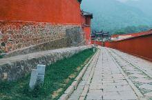 五台山必逛寺庙  五台山是国家5A级旅游景区,国家重点风景名胜区,国家地质公园,国家自然与文化双重遗