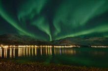 在世界的尽头,赏绝美的极光 —挪威极光之行  元旦假前和同伴约好了去旅游,我们在挪威的景点中挑选了很