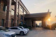 广东佛山出发,自驾游去丽江,路过广西百色市平果县,不错,200多久可以住5星级酒店,但是酒店的软件没