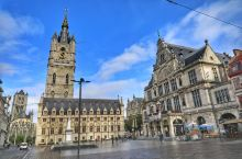 比利时有两个非常有名的旅游城市,一个是布鲁日,另一个就是根特。根特虽然与布鲁日齐名,但是这两座城市的