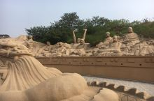 前两张是沙雕乐园,一张门票包涵很多小的体验项目,还有一个不小的水上乐园,可以在这里玩上一整天。后两张