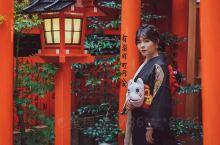 到了日本京都,体验  了樱花和服的振袖,在这个初秋~