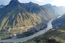 重走长征路,过皎平渡大桥,体验金沙水拍云涯暖大渡桥横铁索寒的革命艰辛