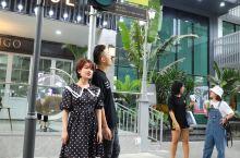 广州天河棠下网红打卡地,你来过吗? 这里也是小姐姐最爱的取景地,重现旧时香港街景,无论是公交车、电话