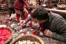 在芬兰,圣诞节是向农场里的动物以及家园和炉灶的守护神,也就是小精灵们,表达感谢的节日。人们会在桌上留