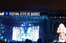魁北克音乐节,玛丽亚凯莉现场表演盛况!