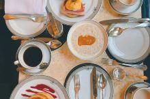 #伦敦·美食篇# 1.The Wolseley 伦敦最正宗的blunch餐厅,需要提前预约,食物和服