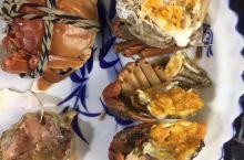 太湖有三白,阳澄湖有三青,蚌肉,螺丝,大闸蟹,十八道地道阳澄湖美味
