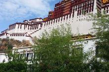 2017年5月4日布达拉宫。布达拉宫,坐落于中国西藏自治区的首府拉萨市区西北玛布日山上,是世界上海拔