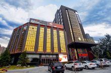 桐叶景雲酒店  酒店建筑面积为2.5万多平方米,是一家集餐饮、客房、会议、游泳健身为一体的多功能酒店