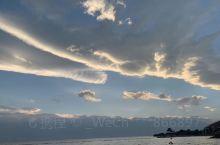 拍一组洱海上空的云吧