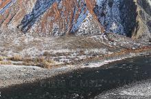 北天山玛纳斯河峡谷