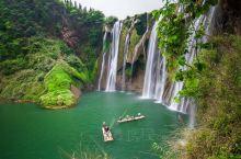 """九龙瀑布群被誉为是""""中国最美丽的瀑布"""",在4公里长的河流中,落差超出了百米,其中最为壮观的""""九龙第一"""