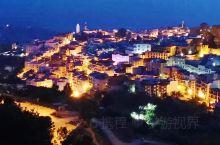 最具有神秘色彩而又极致美丽的舍夫沙万位于摩洛哥西北部的一个依山而建的老城。这里居住的大多是阿拉伯人,