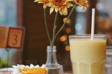 马尼拉比较出名的甜品连锁店 个人觉得很一般 大家觉得好吃的「mango bens slice din