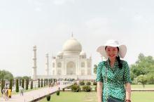 """泰姬陵(Taj Mahal ),应该是印度知名度最高的古迹之一,世界文化遗产,被评选为""""世界新七大奇"""