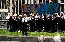 新西兰南岛,基督城大学听合唱排练。