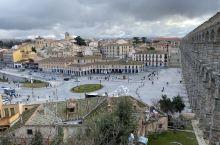 一座城代表一个时代,你承载着二千年的故事屹立于此,你就是历史,愿你与世长存