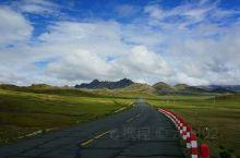 从拉孜县进入219新藏线后就一直在4500米上跑了,景色也和318不一样了。在桑桑镇和切热乡之间有一
