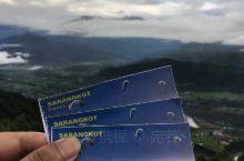 萨朗科Sarangkot,非常近距离地靠近喜玛拉雅山脉。 眺望安娜普纳段群峰,令人叹为观止的日出变色