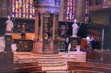 #希望不灭# #意大利加油# 为希望高歌,安德烈波切利在米兰大教堂的复活节抗疫演唱会 #意大利加油#