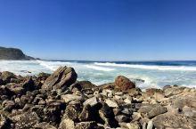 八字湖的海邊風景