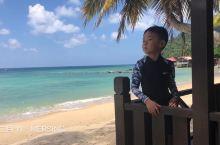 美国著名电影《南太平洋》取景地—刁曼岛 春节遛娃好去处…… 许多人都知道享有天堂之岛之称的巴厘岛,梦