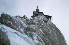 凡家行记  2019.2.3     坐标:法国  南针峰 阿尔卑斯山勃朗峰的其中一座山峰 海拔38