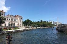 迈阿密是这个国家最美丽的城市之一,因此它激励也激发人们的创作灵感。 在这个极具创意的城市,最受欢迎的