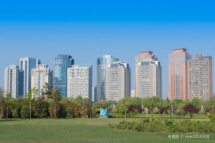 Qianxi Square3