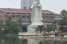 平舆的上河城一直都是我们平舆人的集中地,加油这座城市。
