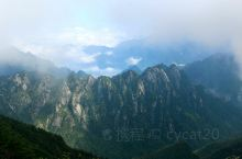 中国的南北分界线秦岭最高峰