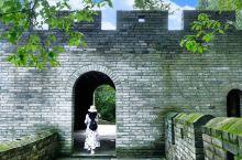 """""""缩小版的八达岭"""",江南长城。 大家都知道,北京有一座万里长城,从东头的山海关,到西头的嘉峪关,全长"""