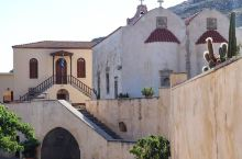 坐落于悬崖边上的神秘院落—Preveli修道院  景区地址:Piso Moni Preveli, R