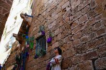 雅法老城,就在以色列的特拉维夫,紧挨着这么国际化的城市中心旁的一个古城。历史悠久,是世界上最古老的港