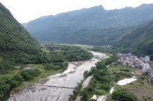 魅力瑶乡。秤架瑶族乡是广东清远市阳山县唯一的少数民族乡。这里山清水秀,生态优美,自然资源十分的丰富。