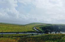 爱尔兰的莫顿悬崖真是让人惊叹大自然的神奇,值得一去,去的时候下了一点小雨,马上就停了,幸运。