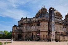 待繁华落尽,仍留历史鬓霜——Vijay Vilas Palace  地址:Kachchh Distr