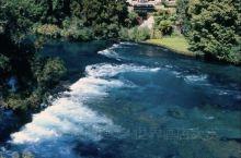 新西兰 - 胡卡度假山庄 Huka Lodge  20世纪20年代,爱尔兰人阿兰•派伊创立了胡卡酒店