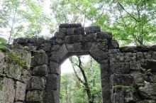 """凤冈玛瑙山景区是一座具有较高军事研究价值的古军事营盘,被称为""""中国古代军事建筑史上的奇葩""""。玛瑙山"""
