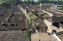 """西津渡 西津渡在三国时期叫""""蒜山渡"""",宋代以后有了现在的称呼。西津渡是个免费的景点,历史人文景点极为"""
