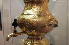 统治者的穷奢极欲真是普通百姓无法想象的,白俄罗斯国家历史博物馆展出的俄罗斯贵族酒器让人炫目,也让人感