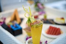 不用去巴厘岛,就在深圳也可以享受火遍网络的漂浮下午茶。这是一个月内的第二次来到盐田,今天打午打卡了位